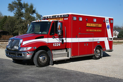 MANHATTAN AMBULANCE 1224