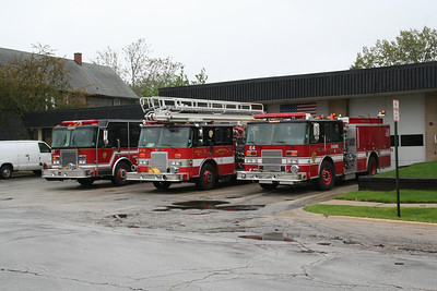 HARVEY ENGINES 7, 9 AND 4 AT STATION 1