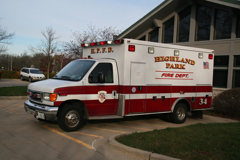 HIGHLAND PARK, AMBULANCE 34