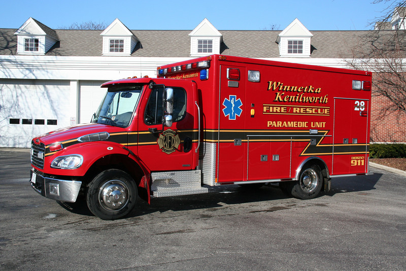 WINNETKA AMBULANCE 28