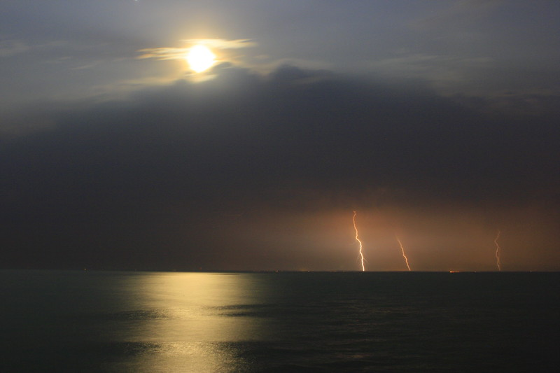 Full Moon lightning strikes