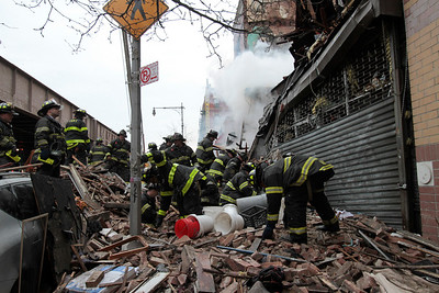 3-12-14 66-55-1405 1644-1646 Park Ave E Harlem Gas explosion Fire and Collapse-3