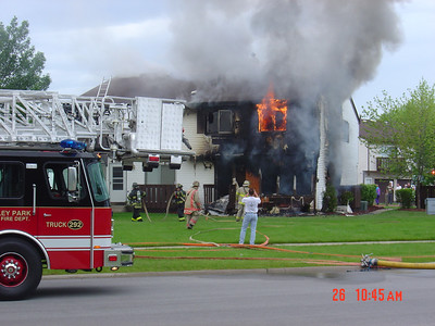 FRANKFORT IL, STILL & BOX ALARM 5/26/2004