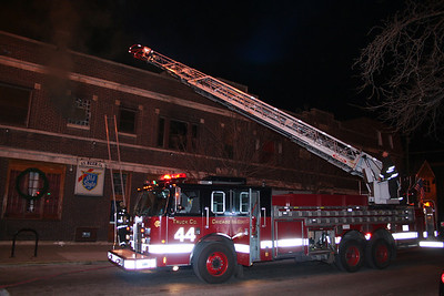CHICAGO IL, WORKING FIRE 01-08-2012