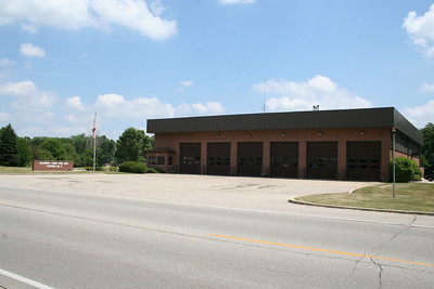 McHENRY TWP IL (MABAS DIV. 5) STATION 2 (photo taken 7/14/2010)