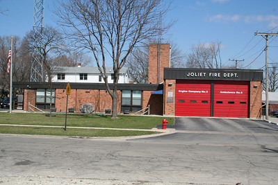 JOLIET IL STATION 5 (MABAS DIV. 15) (photo taken 3/29/2010)