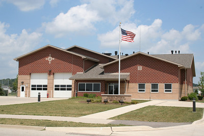 McHENRY TWP IL (MABAS DIV. 5) STATION 4 (photo taken 7/14/2010)