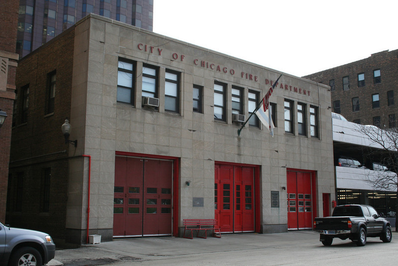 Engine Co. 1, Aerial Tower Co. 1: 419 S. Wells (photo taken 3/26/2009)