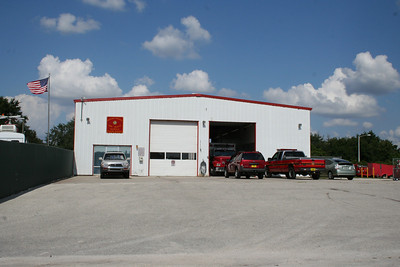 OSCEOLA COUNTY STATION 61/SHOPS (photo taken 10/13/2009)