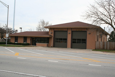 LISLE-WOODRIDGE STATION 5