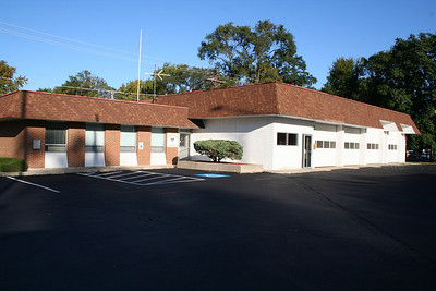 HAZEL CREST STATION 2 (now used as a community center) (photo taken 10/7/2009)