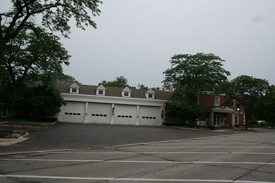 WINNETKA STATION 28 (photo taken 7/10/2009)