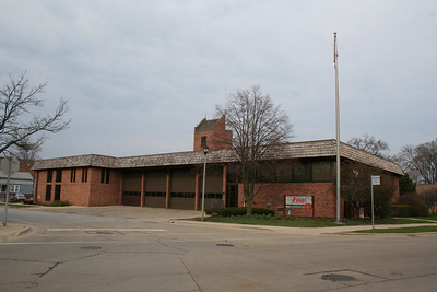MORTON GROVE STATION 4 (photo taken 4/18/2009)