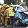 LAFD 7600 WILBUR AV PR TRAFFIC : *Traffic Collision w/Entrapment* 7600 Wilbur Av; MAP 530-H4; FS 73; Multi-vehicle w/truck rollover; NFD; Ch:8,17 @ 11:33 AM 
