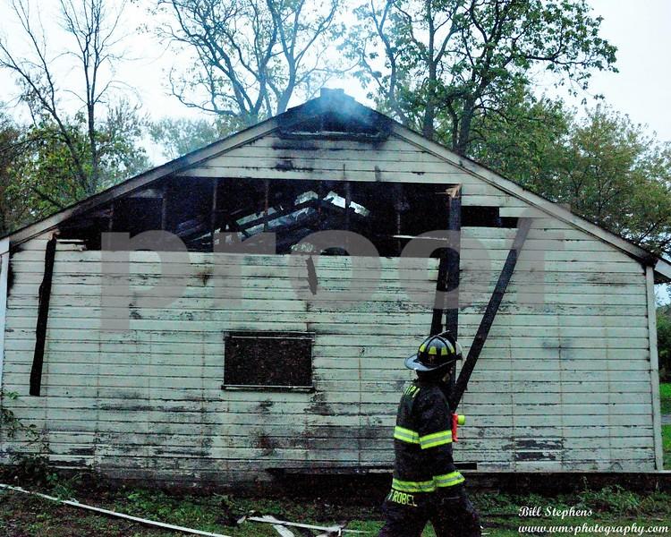800 BLOCK HAYDEN GARAGE FIRE  COPYRIGHT 2017 WMS PHOTOGRAPHY