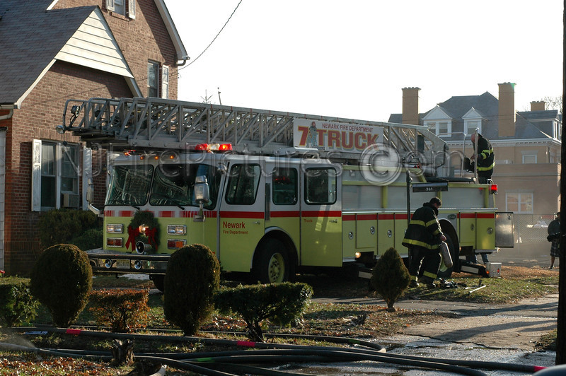 Newark, NJ Truck 7 took position on the front lawn adjacent to the fire building.