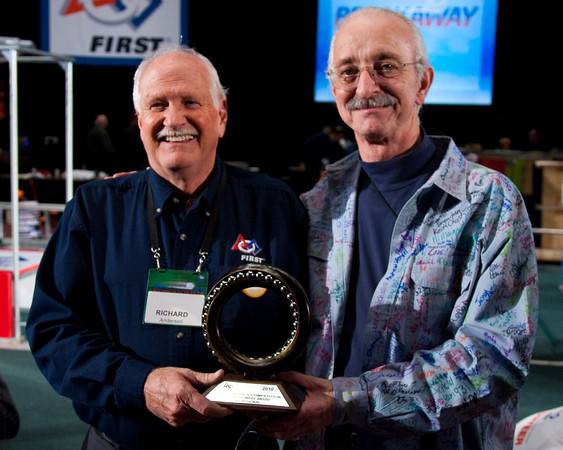 Richard Anderson receives the Woody Flowers award - presented by Woody Flowers! Richard is the FIRST Regional Director for Idaho, Utah, Montana, and Wyoming.
