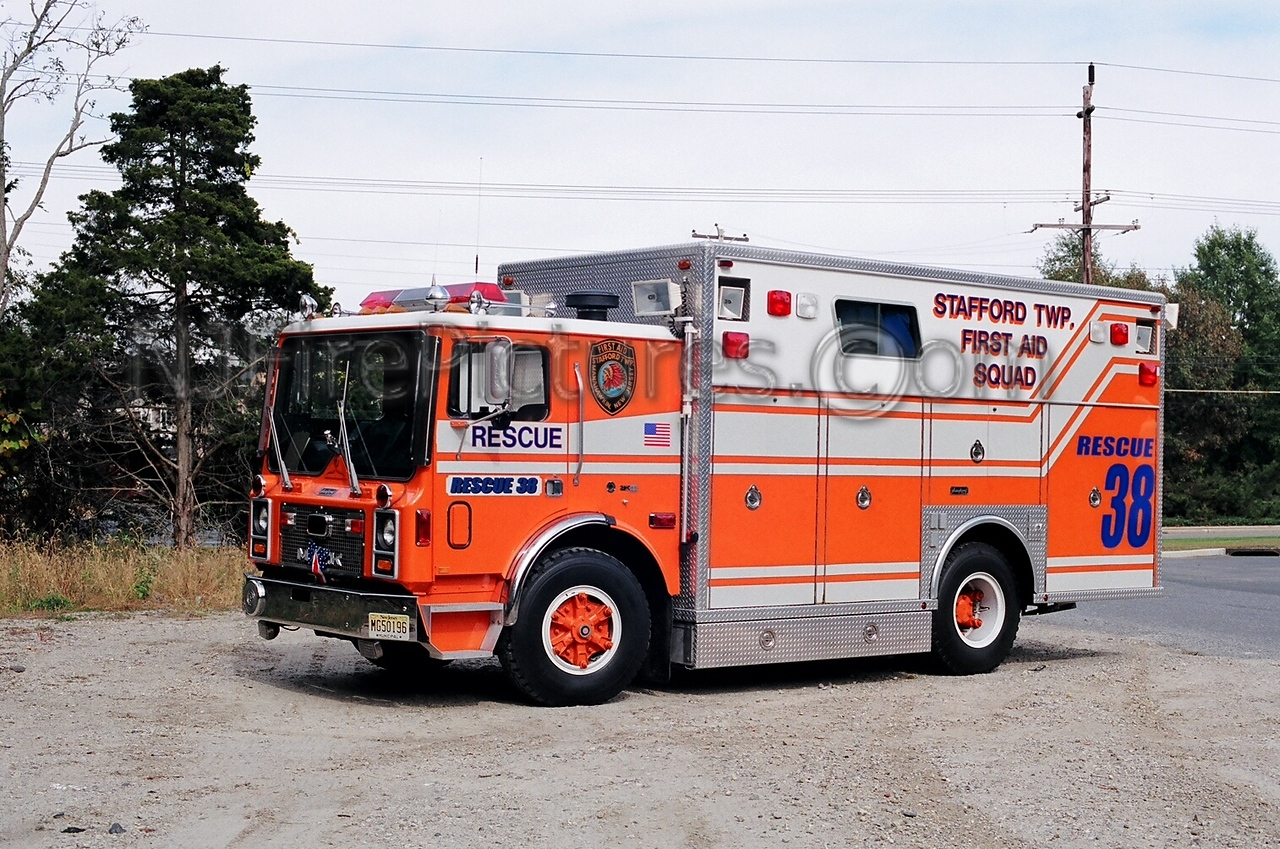 STAFFORD TWP - RESCUE 38 - 1988 MACK MC/SANFORD