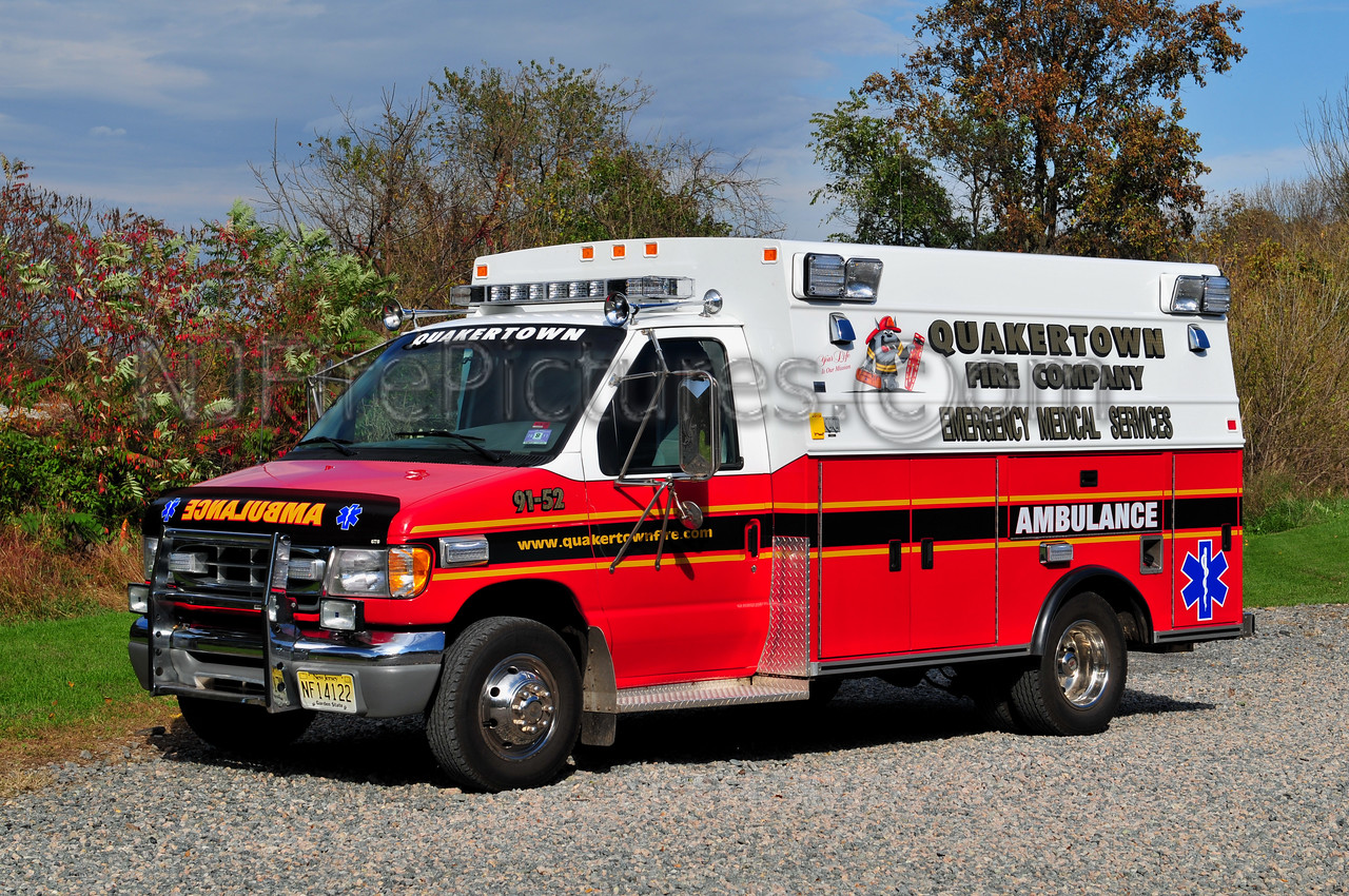 QUAKERTOWN, NJ AMBULANCE 91-52 - 1997 FORD/BRAUN EX-FLEMINGTON, NJ REFURBISHED BY ELIZABETH TRUCK BODY.