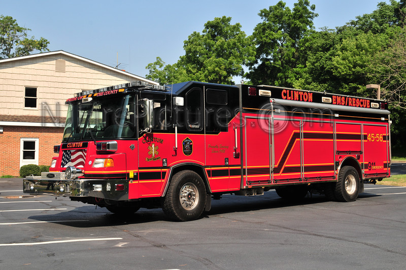 Clinton Rescue 45-56 - 2004 Pierce Quantum