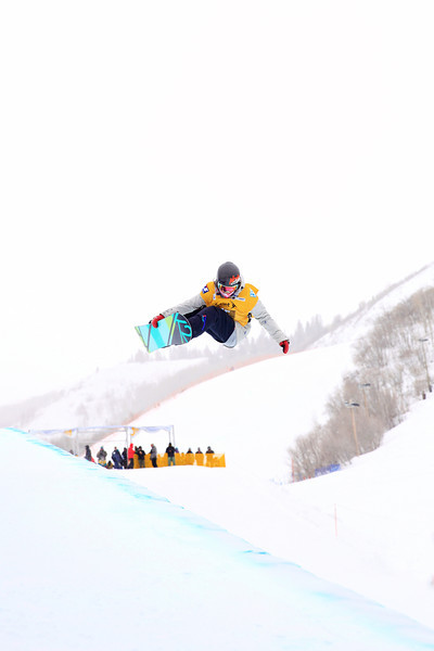 Halfpipe qualifications<br /> 2013 Sprint U.S. Snowboarding Grand Prix in Park City, Utah<br /> Photo: Sarah Brunson/U.S. Snowboarding