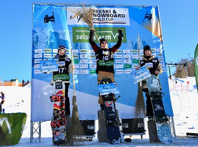 Women's podium, left to right: Katie Ormerod (GBR), Tess Coady (AUS), Brooke Voigt (CAN)