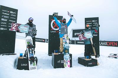 Women's podium L-R - Zoi Sadowski-Synnott (NZL), Jamie Anderson (USA), Tess Coady (AUS)