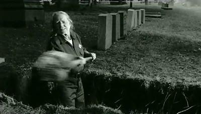 """Willie Nelson """"Gravedigger"""" (2007)"""
