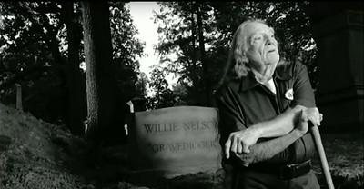"""Willie Nelson """"Gravedigger"""" (2008)"""