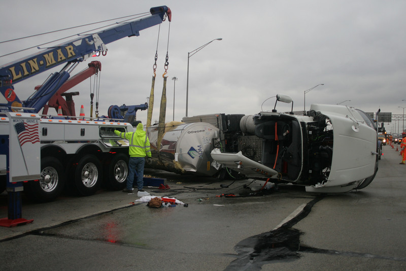 Berkeley Fire Department Rolled Over Tanker Truck With Extrication