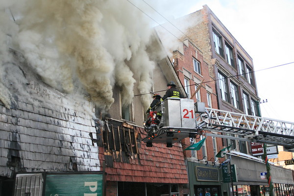 CFD 3-11 Alarm Fire 3026 & 3030 North Lincoln Ave  Peerless Rug Company