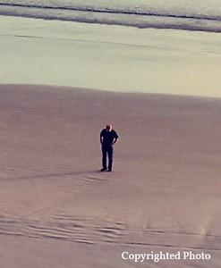 Ian's final farewell to Gail at the Beach....