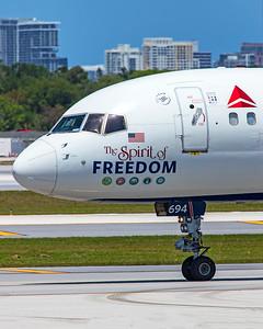 Delta Air Lines Boeing 757-232 N694DL 4-14-21
