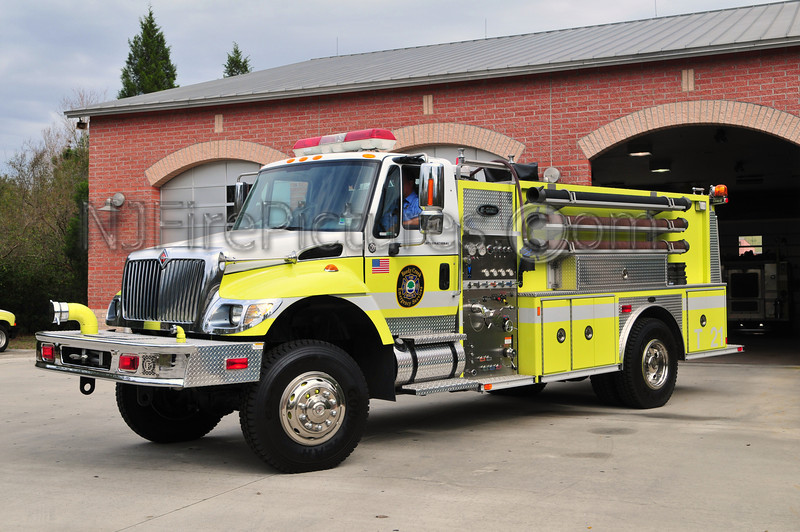 REEDY CREEK TANKER 21 - 2002 INTERNATIONAL/EMERGENCY ONE 1250/1500