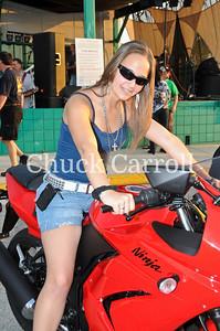 Quaker Steat & Lube April 19, 2011  - Bike Night
