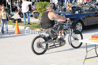 Quaker Steak & Lube Clearwater Bike Night, Grass Flats