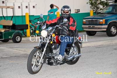 Quaker Steak & Lube 3-2-2011  - Bike Night
