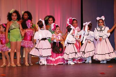7-25-2014 ATREVETE Latin Dance Show-663