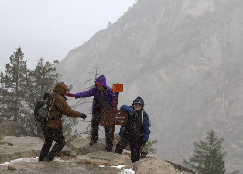 botched group photo at John Muir Trail Junction
