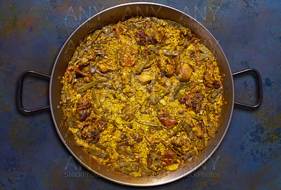 Paella of chicken and rabbit from Valencia