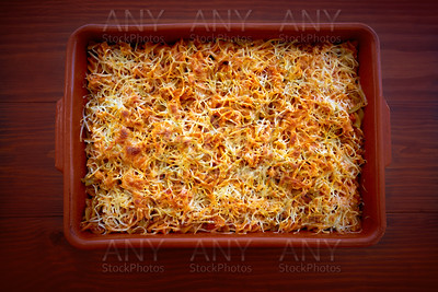 gratin spaghetti with Bolognese sauce