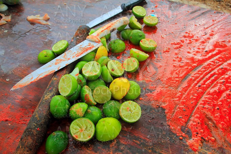 achiote knifes and lemons for achiote tikinchick sauce
