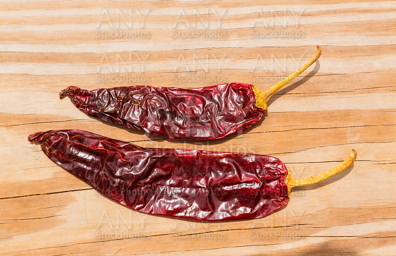Chile Guajillo seco dried hot chili pepper