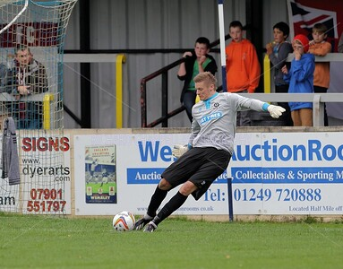 CHIPPENHAM TOWN V BEDFORD MATCH PICTURES 21st Sep 2013