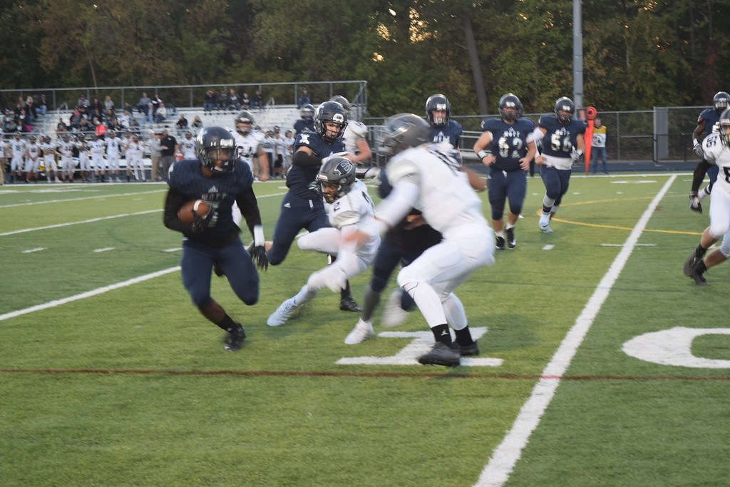 . Waterford Mott rolled over South Lyon East, 47-0, on Thursday night. (Photo by Paula Pasche)