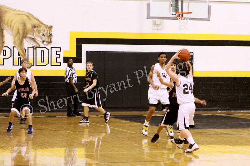 FMS vs Clark Boys Basketball 020810_0009