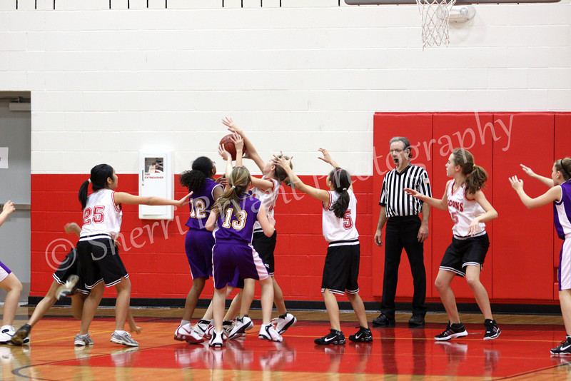 FMS Girls Basketball 012110063