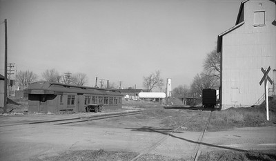 2009.026.26.0022--ritzman 116 neg--CB&Q--coach depot and grounds looking north--Bradford IL--1962 1129