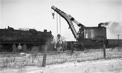 2009.026.17.8583--ritzman 116 negative--CMStP&P--wrecker X-4 action with steam locomotive 327 derailed--Bradt IL--1950 1209