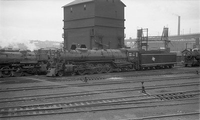 2009.026.01.8072--ritzman 116 negative--CMStP&P--steam locomotive 4-8-4 S-2 224 at coal chute--Milwaukee WI--1952 0402